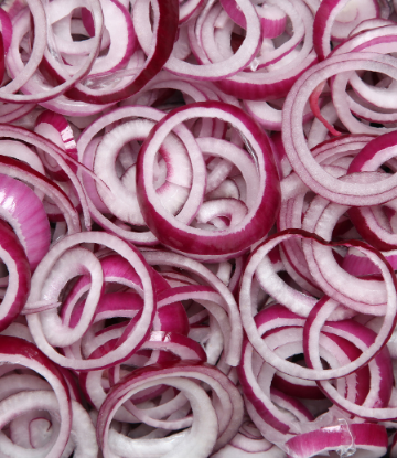 Image of cut red onions
