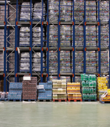 SCS, image of the inside of a large food warehouse