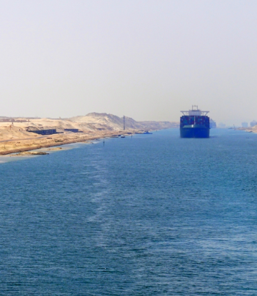 Image a a  ship in the Suez Canal